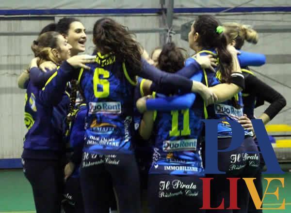 L'esultanza del Volley Terrasini al termine della gara contro Marsala