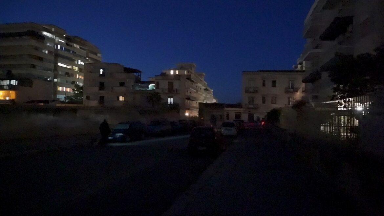Sperone al buio, illuminazione, AMG