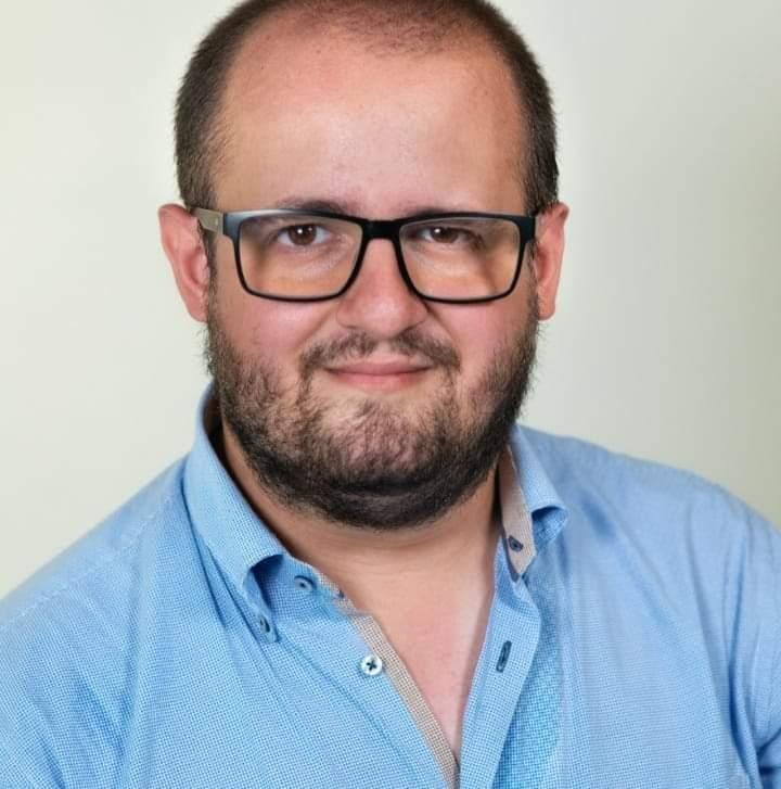 La proposta di encomio è partita da un altro giovane villabatese,  Gabriele Giovanni Vernengo