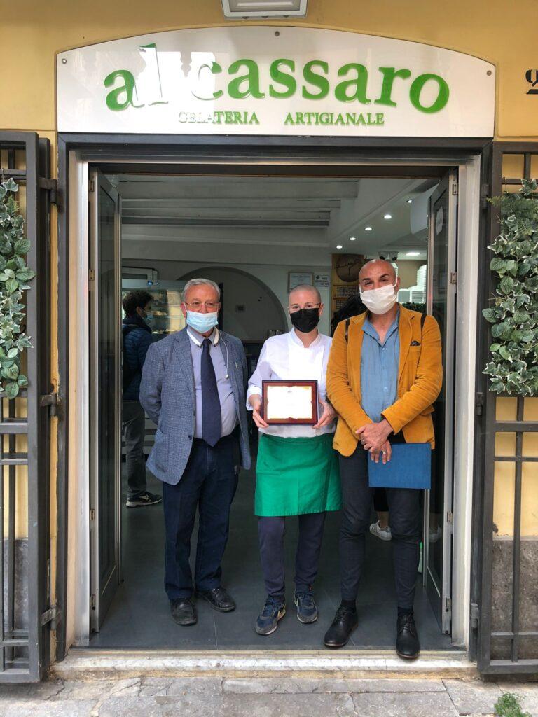 Gloria Ciprì tra il presidente della CIDEC Sicilia Salvatore Bivona e il coordinatore generale di Federart Marco Amato