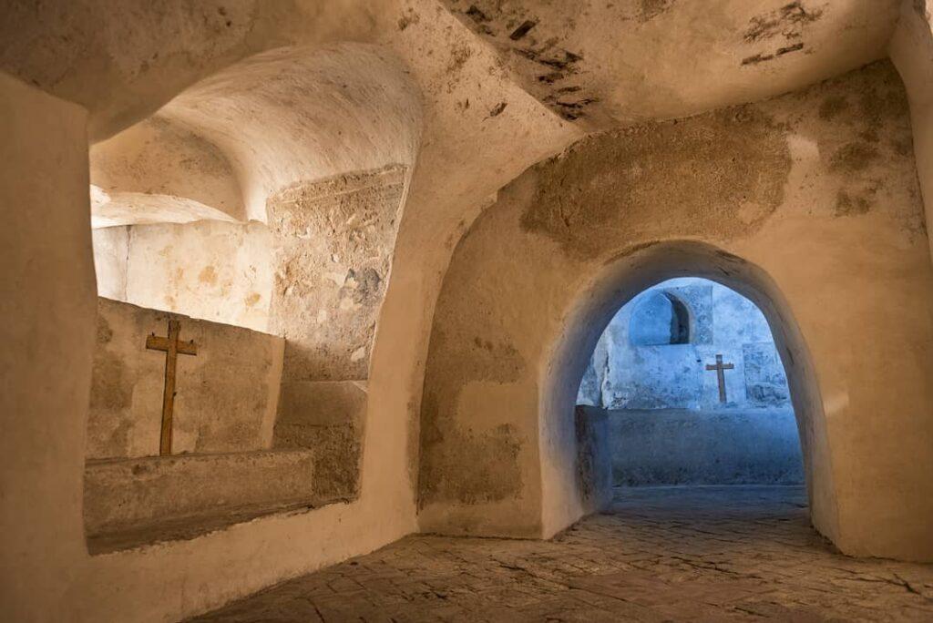 La Cripta è identificata anche con il nome di Antro di San Calogero